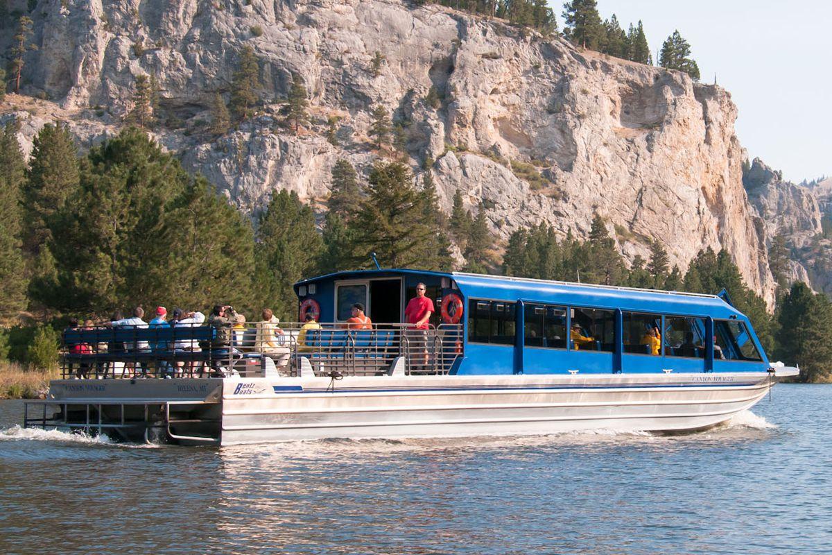 60′ Twin Diesel, Tour Boat
