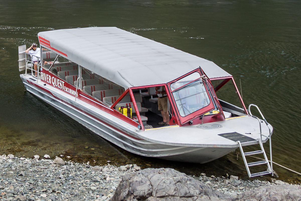 44′ Triple Diesel Tour Boat