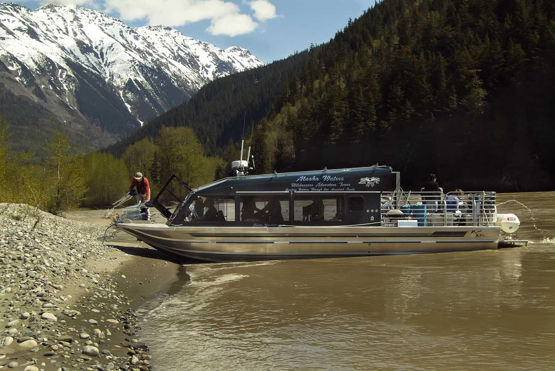 34′ Twin Diesel Tour Boat