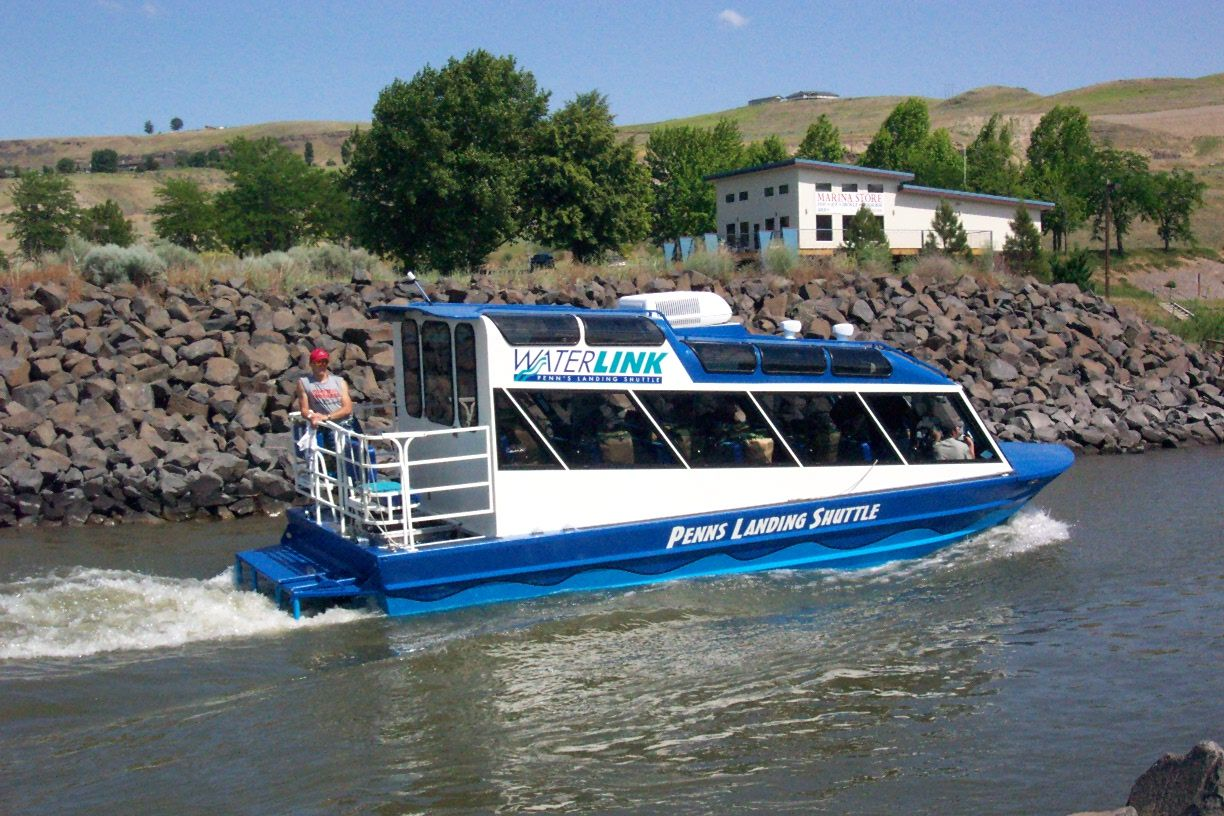 29′ Single Sterndrive Water Taxi