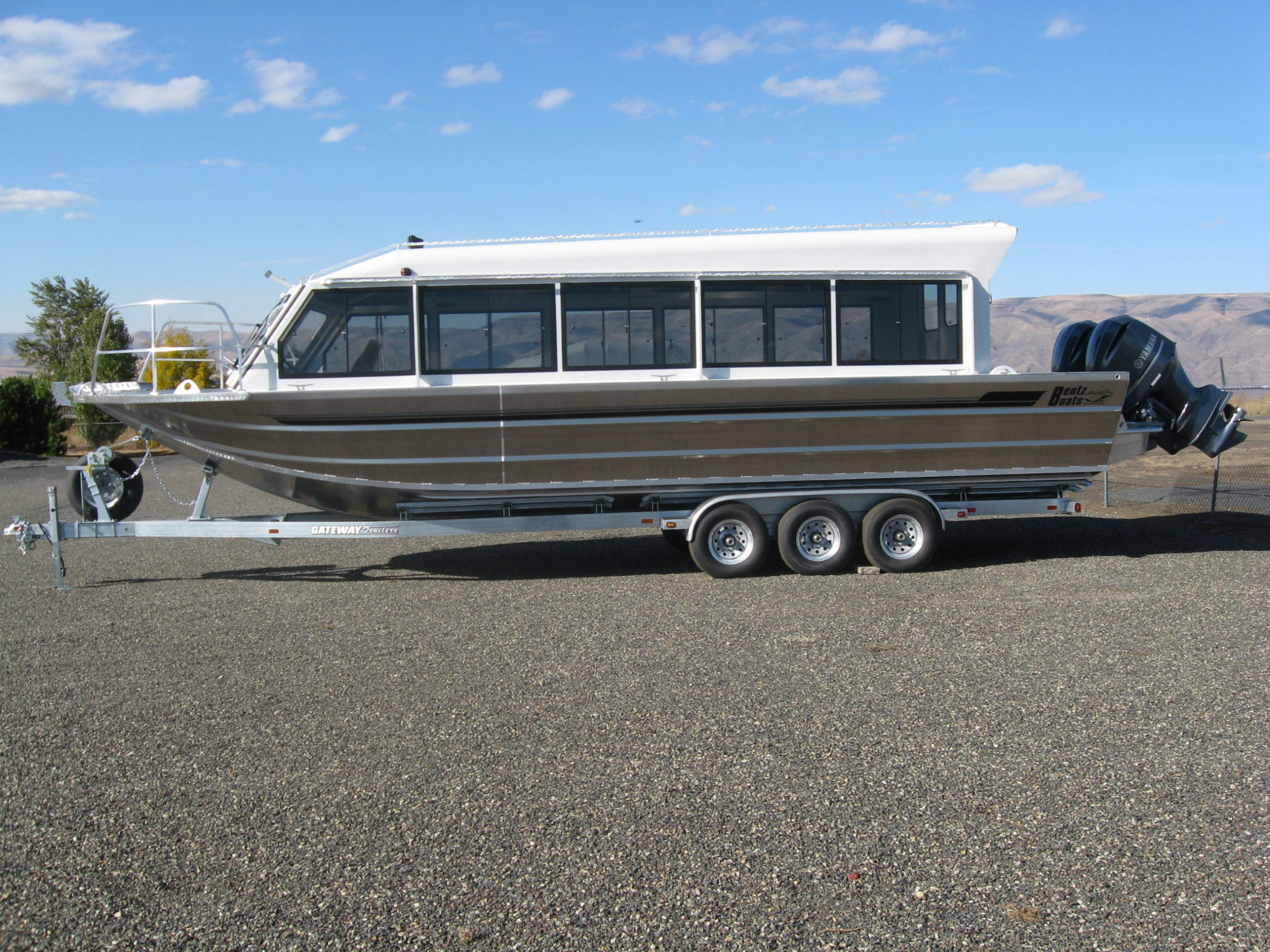 34' Twin Outboard